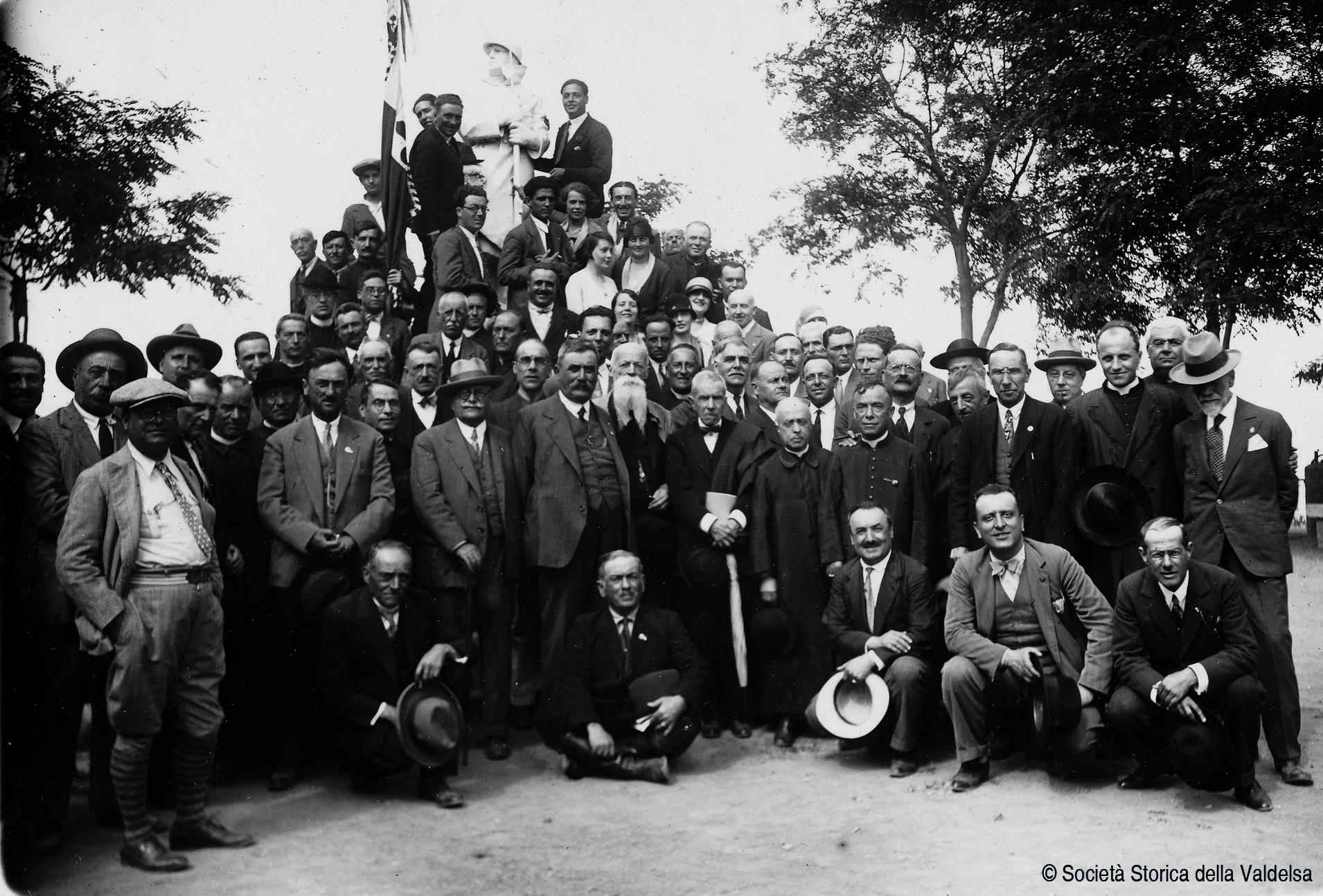 Assemblea a Montaione il 5 Giugno 1929